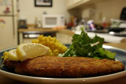 Feb. 10 breaded chicken with lemon (Recipe)