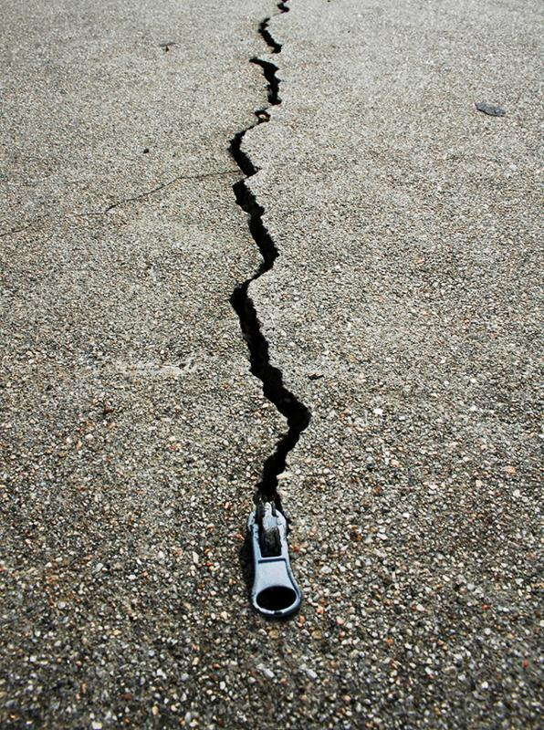 zipping up the cracks of life - IMG_3812_web