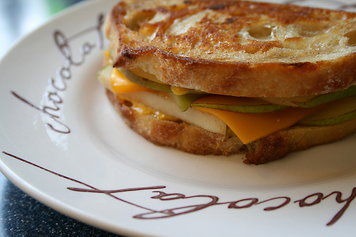 Grilled Cheese with Pear 21/30