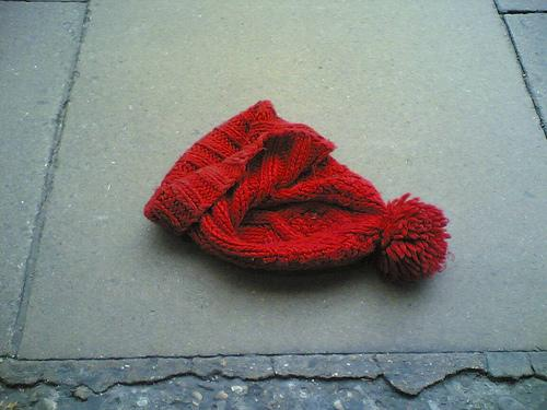 Lost: red bobble hat