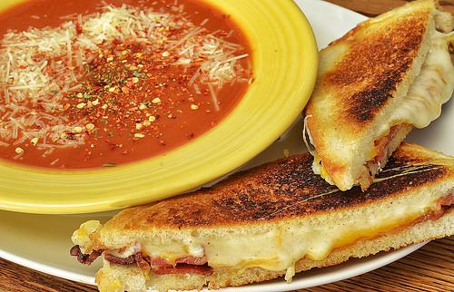 Mmm... The classic soup and sammy combo